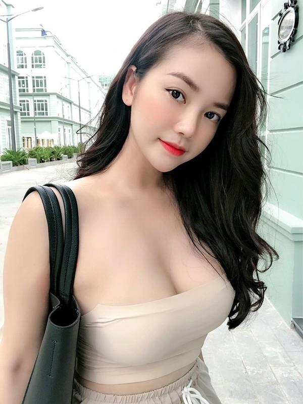 Gai xinh duoc bao Trung khen ngoi het loi la ai?-Hinh-3