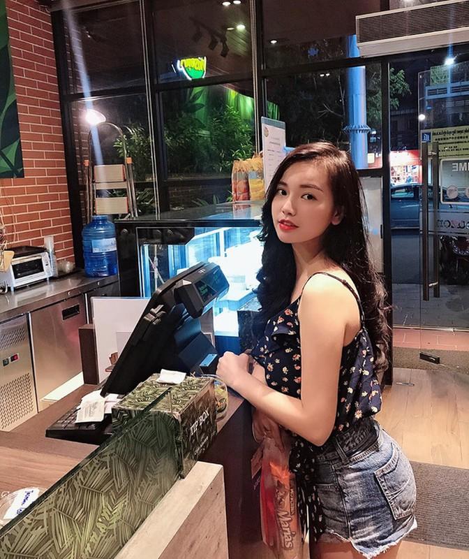 Gai xinh duoc bao Trung khen ngoi het loi la ai?-Hinh-8