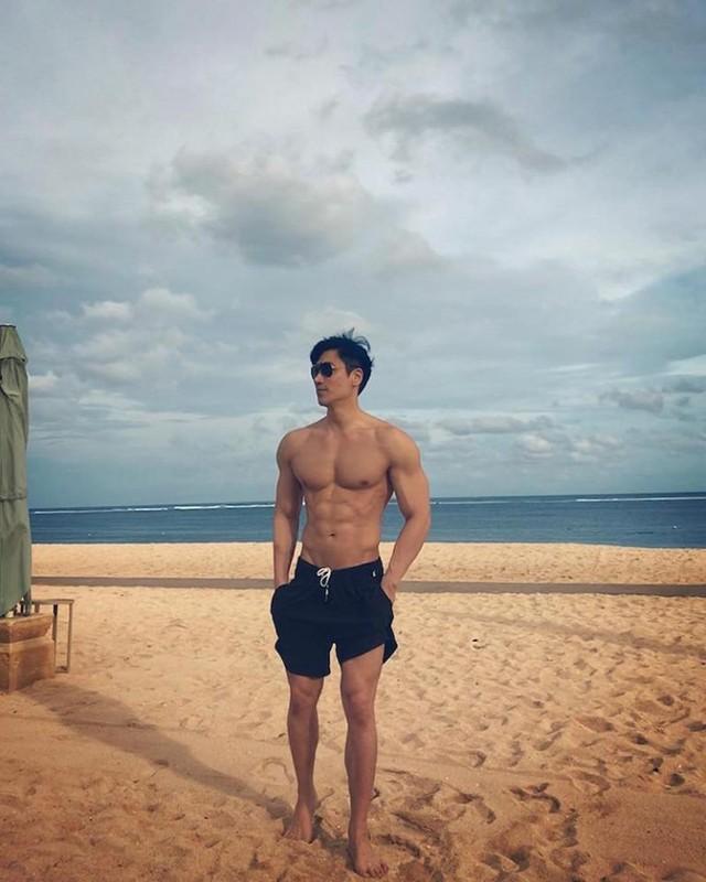 """Nam than"" U50 khoe body 6 mui sieu chat, dan tinh chet me-Hinh-5"