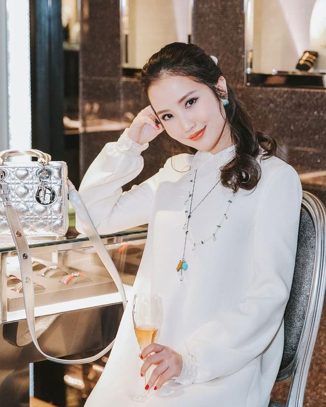 Vo sap cuoi Phan Thanh bat ngo bi dan tinh soi dieu nay-Hinh-11