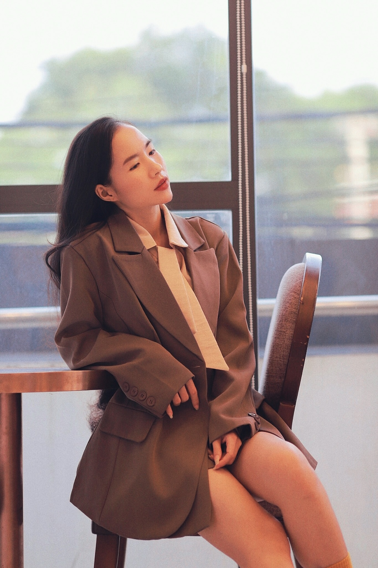 Dep tua idol Han Quoc, nu giang vien Binh Duong noi bat tren mang