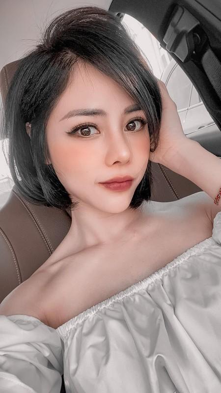 Soi duong cong nong bong cua ban gai