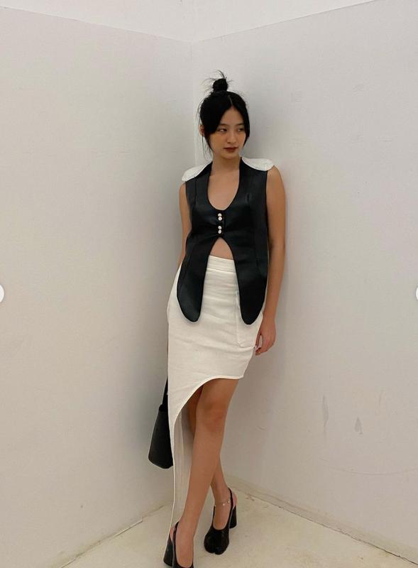 Hot girl Viet lot top 100 guong mat dep nhat the gioi gay sot-Hinh-3