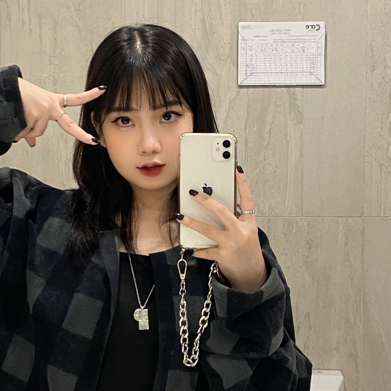 """Phat sot voi dan hot girl nam lun nhung """"un un nguoi theo""""-Hinh-10"""
