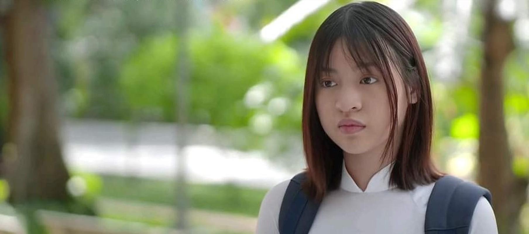 """Khoe anh xinh dep, hot girl """"bap can bo"""" bi boc mat moc-Hinh-9"""