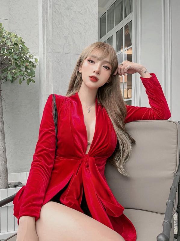 Hot girl Viet chuyen gioi khien bao nuoc ngoai chu y la ai?-Hinh-12