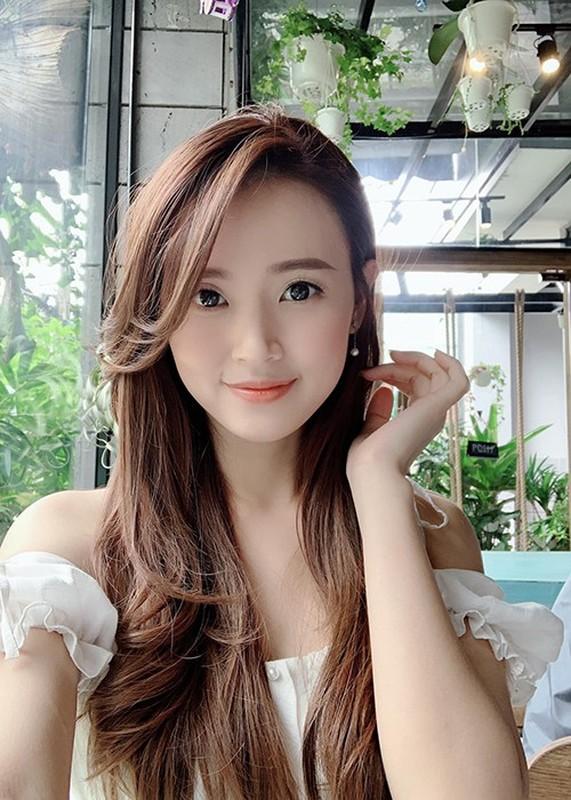Lien tuc doi nha va xe, hot girl Sai thanh chuan ''dai gia ngam''-Hinh-2