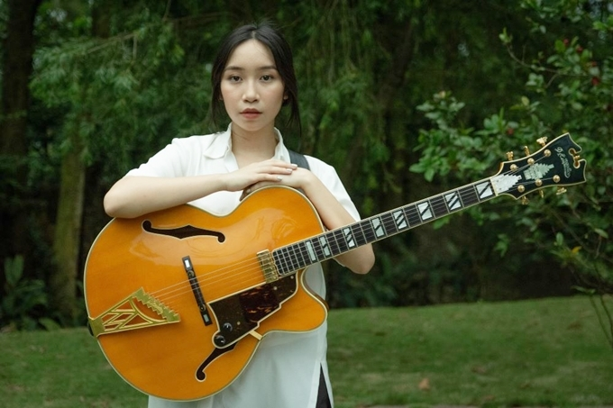 Tuoi 18, con gai ut ca si My Linh khoe dang nong bong-Hinh-8