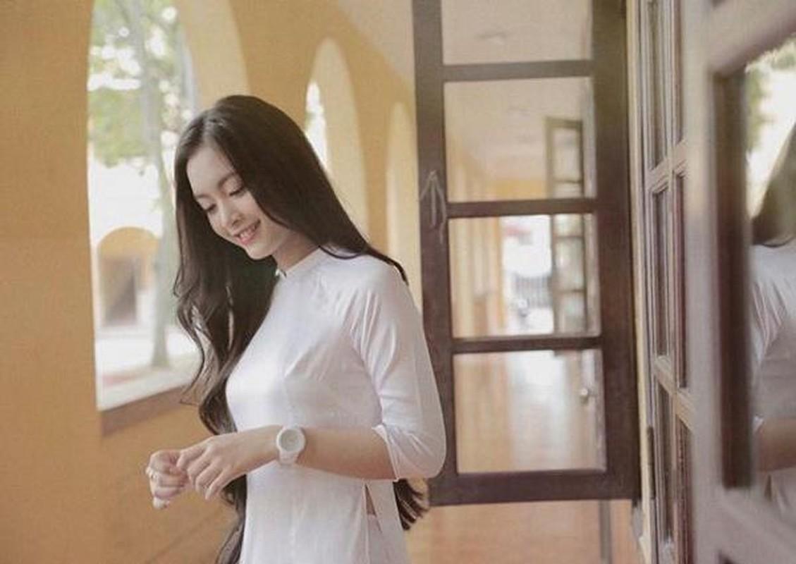 """Dan nu sinh Viet khien dan mang """"met tim"""" khi dien ao dai trang-Hinh-11"""