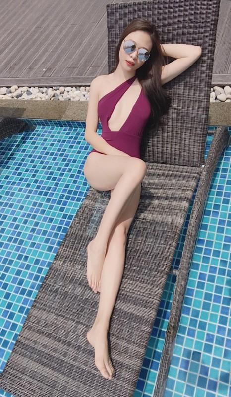 Hoi hot girl khien van nguoi ghen ti vi duoc chong cung het muc-Hinh-12