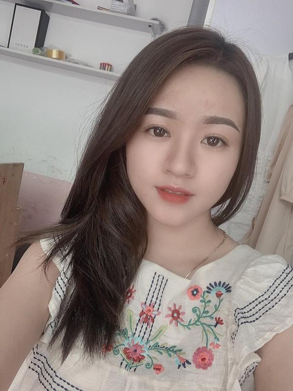 Hau ve Xuan Manh lo anh cuoi, nhan sac co dau bi chu y-Hinh-7