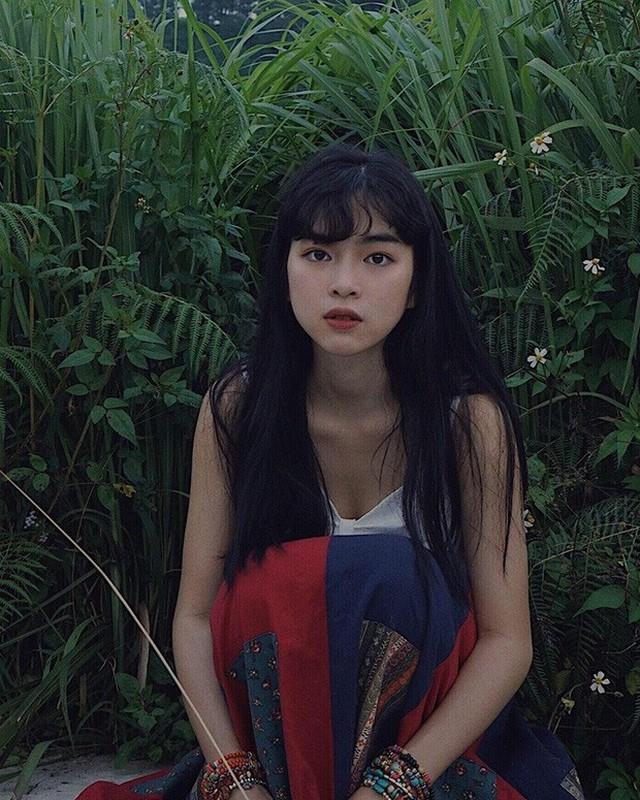 Lo nhan sac that tren song truyen hinh, hot girl Mat Biec gay sot-Hinh-11
