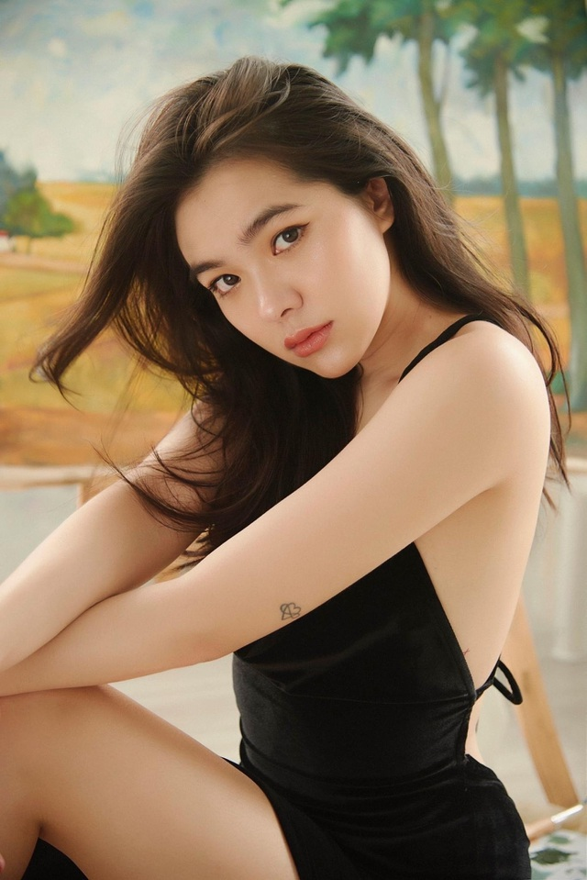 "Hot girl Viet co thu nhap ""khung"" nhat nam 2020, goi ten ai?-Hinh-6"