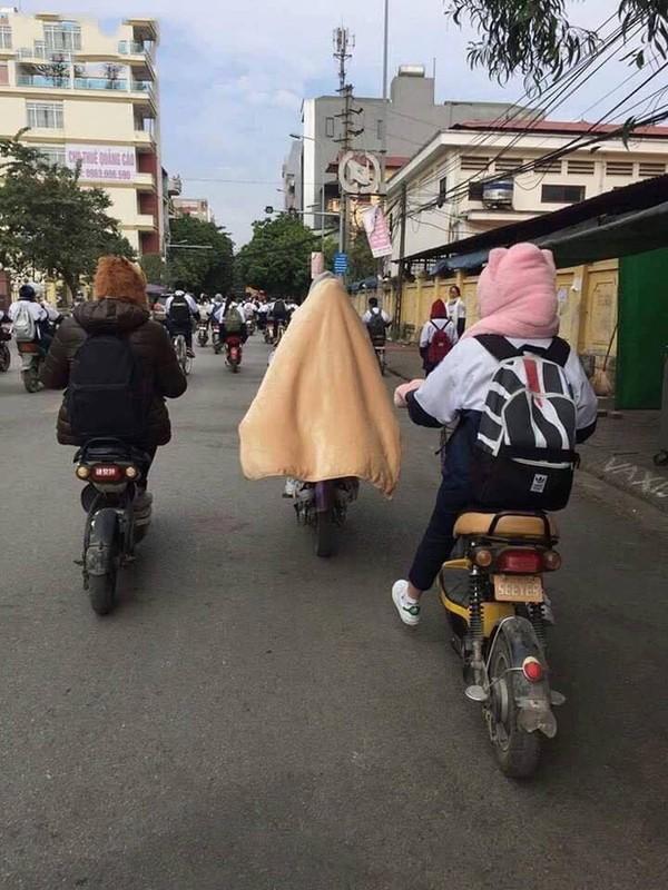 Thay giao trum chan giang day, dan tinh kho chiu vi ret dam-Hinh-9