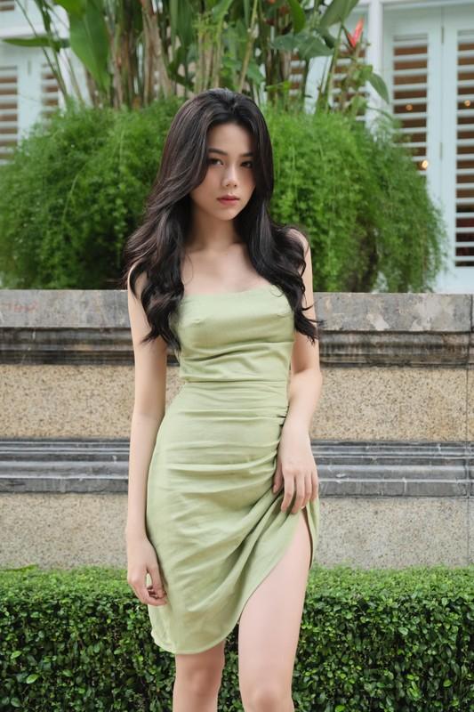 Hot girl Sai thanh khoe anh don Giang sinh nhan ngay trieu like-Hinh-12