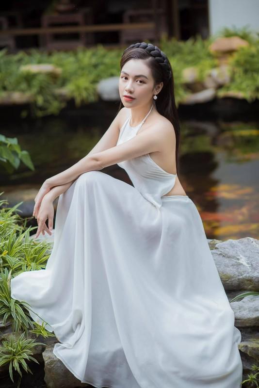 Nu sinh truong Quan doi thu hut dan tinh tu lan dau gap-Hinh-3