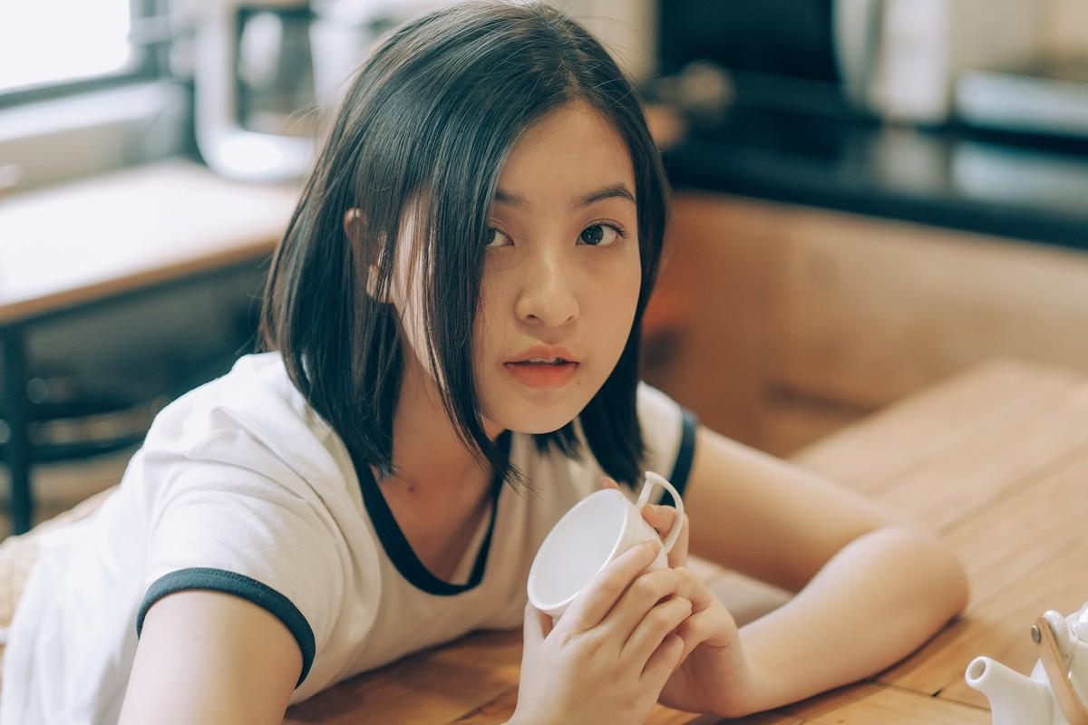 """""""Hot girl IELTS"""" gay bao boi loat bieu cam cung muon xiu-Hinh-11"""