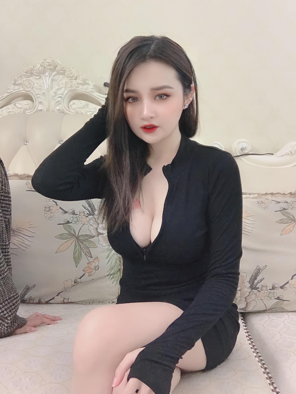 Ngan 98 bat ngo khoe chi gai, nong bong khong kem canh-Hinh-9