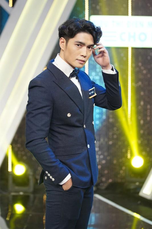 Lo danh tinh hot boy vuong tin don hen ho voi Ngo Thanh Van-Hinh-9