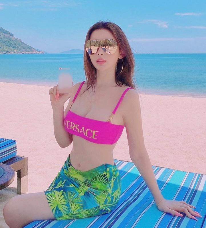 Cuu hot girl Huyen Baby he lo moi quan he voi me chong-Hinh-11