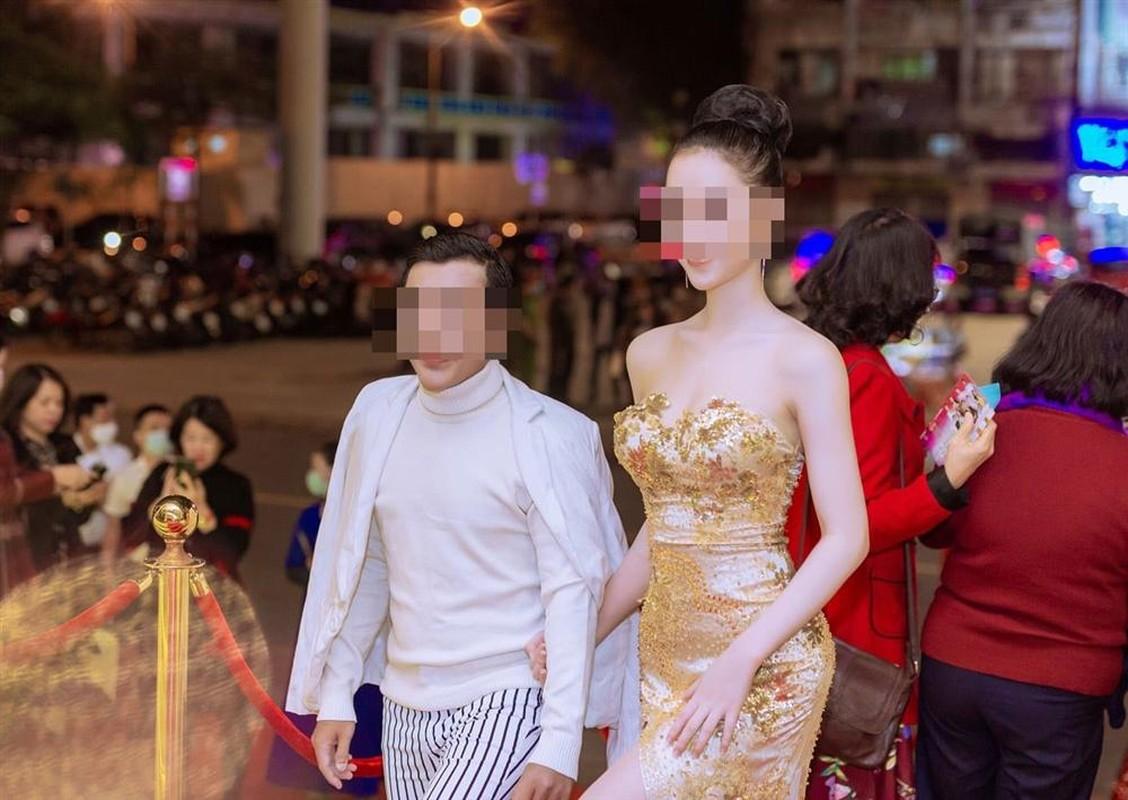 """""""Tieu tam"""" vu danh ghen pho Ly Nam De khoe anh sang xin-Hinh-3"""