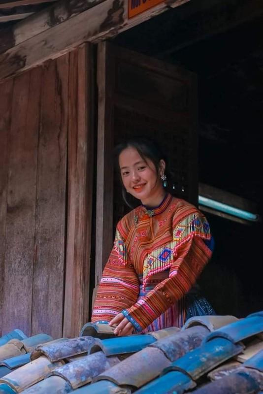 """Em gai ban le"" Ha Giang gay bat ngo trong vai tro moi-Hinh-5"