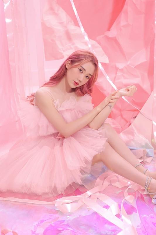 "Nu streamer Viet tung anh ""choi chang"", comeback sau lenh cam song-Hinh-3"