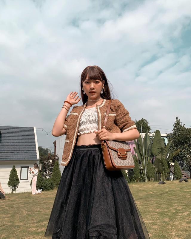 Nu sinh truong My thuat voi phong cach chuan fashionista-Hinh-7