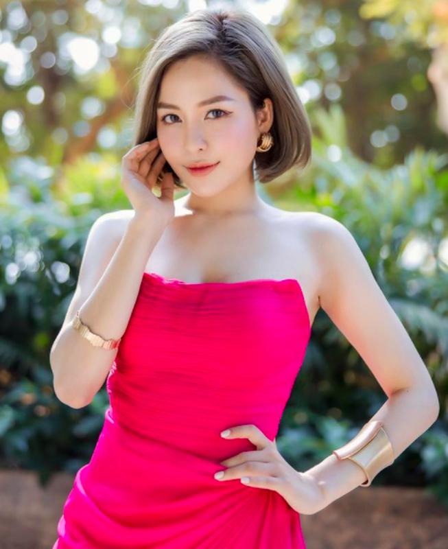 """Khoe em gai, hot girl Tram Anh bi soi nhan sac """"mot chin mot muoi""""-Hinh-5"""