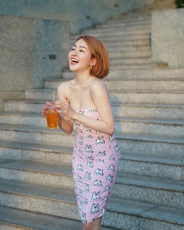 """Khoe em gai, hot girl Tram Anh bi soi nhan sac """"mot chin mot muoi""""-Hinh-7"""