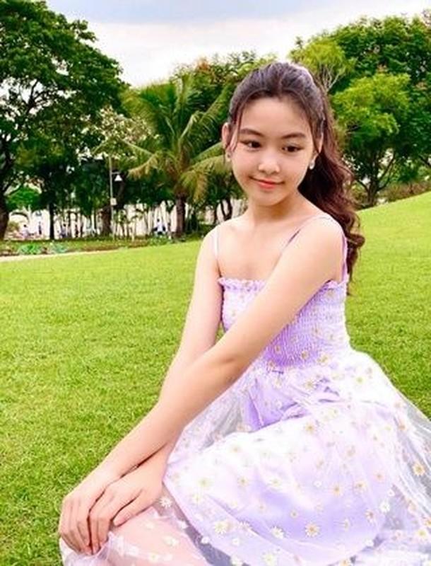 """Con gai Quyen Linh du su kien, nhan sac gay me """"team qua duong""""-Hinh-11"""