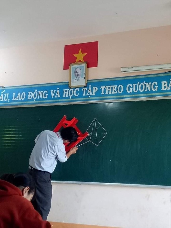 "Lay ""van vat"" lam thuoc ke, hoc tro thoi nay qua ba dao-Hinh-8"