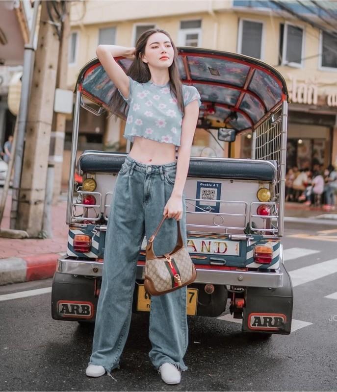Khoe vong eo sieu thuc, my nhan Thai Lan chua biet xau la gi-Hinh-6