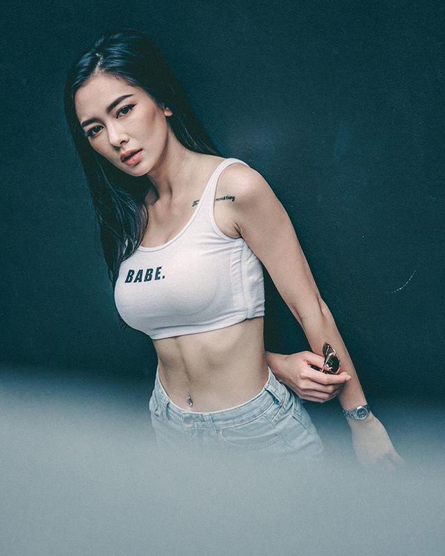 Hot girl xam tro Thai Lan