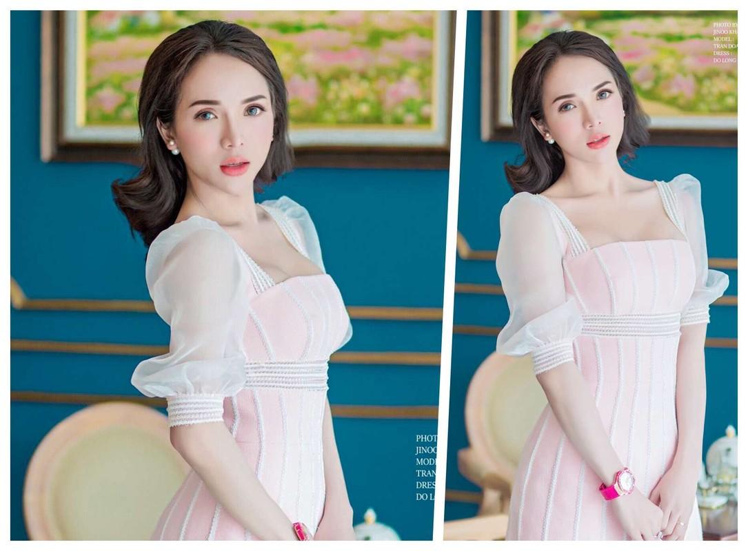 Diem mat dan hot girl chuyen gioi tuoi Suu chiem spotlight-Hinh-11