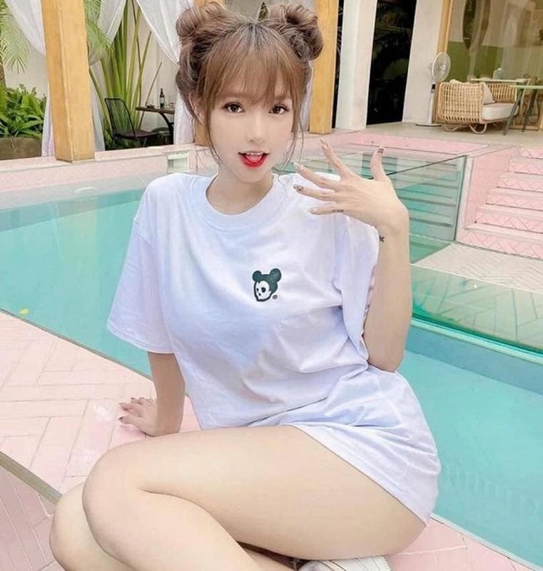 Diem mat dan hot girl chuyen gioi tuoi Suu chiem spotlight-Hinh-6