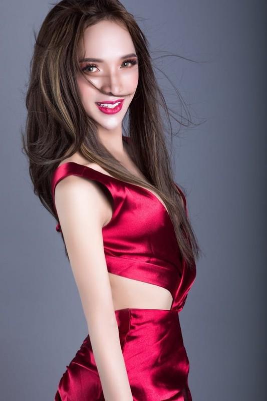 Diem mat dan hot girl chuyen gioi tuoi Suu chiem spotlight-Hinh-9