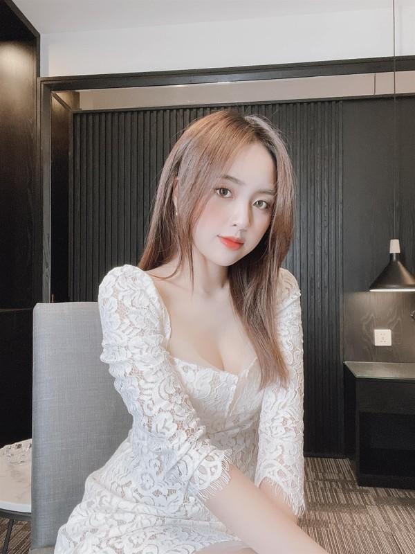Hot girl sinh nam 1997 duoc bao Trung khen het loi ho la ai?-Hinh-10