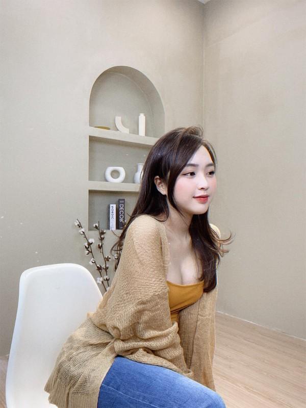 Hot girl sinh nam 1997 duoc bao Trung khen het loi ho la ai?-Hinh-14