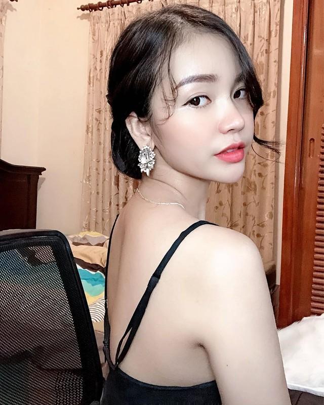 Hot girl sinh nam 1997 duoc bao Trung khen het loi ho la ai?-Hinh-6