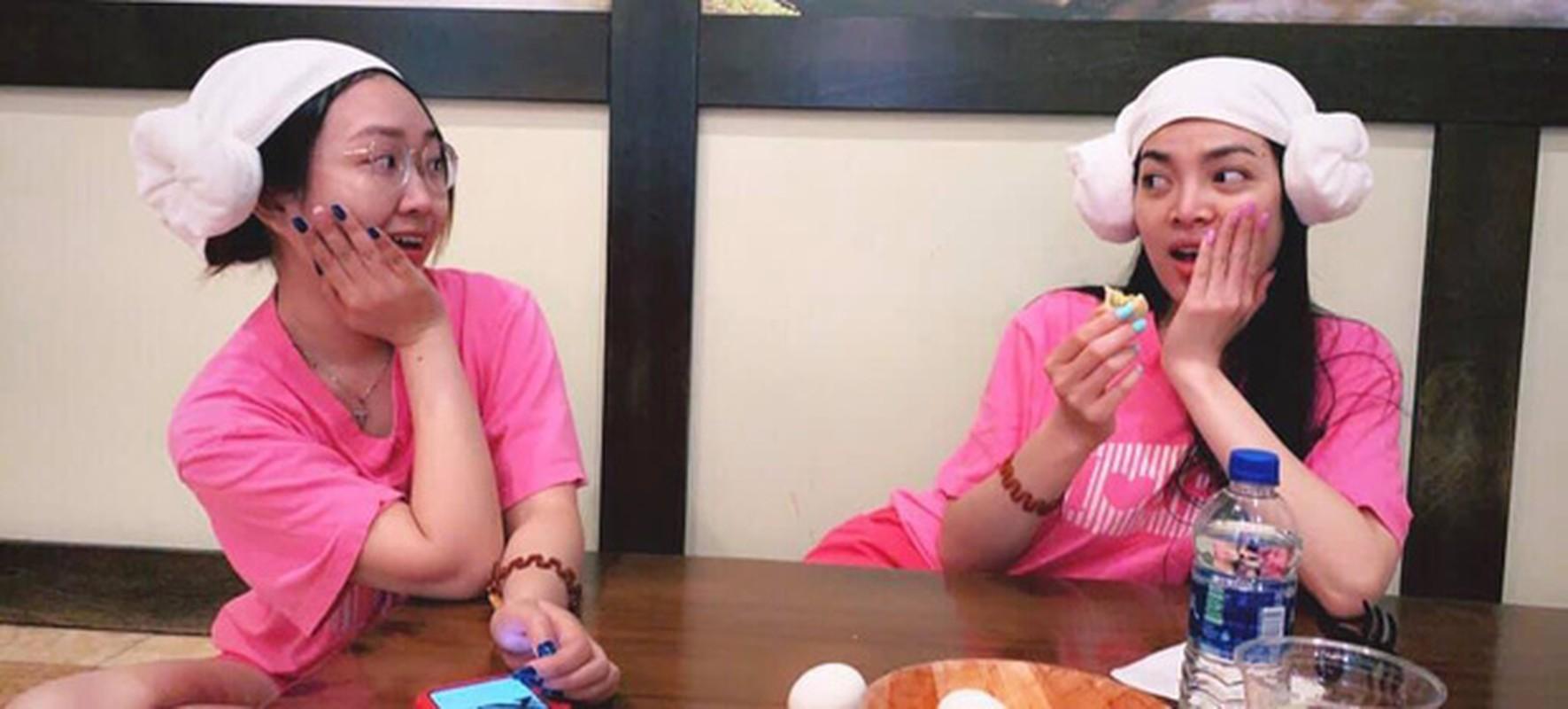 "Tan Hoa hau Chuyen gioi Viet Nam 2020 bi ""boc"" nhan sac that-Hinh-5"