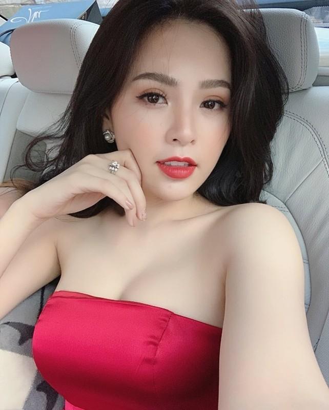 "Tram Anh va dan hot girl tung vuong scandal lo clip ""nong""-Hinh-11"