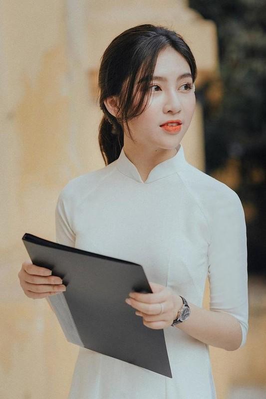 "Truong quan doi noi san sinh dan hot girl than thai ""chat ngut troi""-Hinh-6"