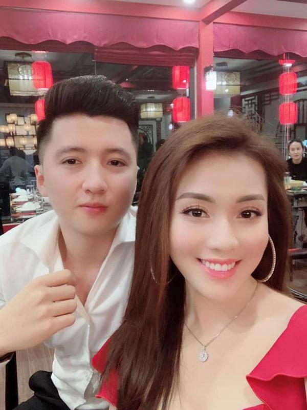 Au Ha My lien tuc khoe gia san khung sau nua nam ly hon-Hinh-2
