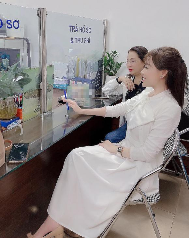 Au Ha My lien tuc khoe gia san khung sau nua nam ly hon-Hinh-5