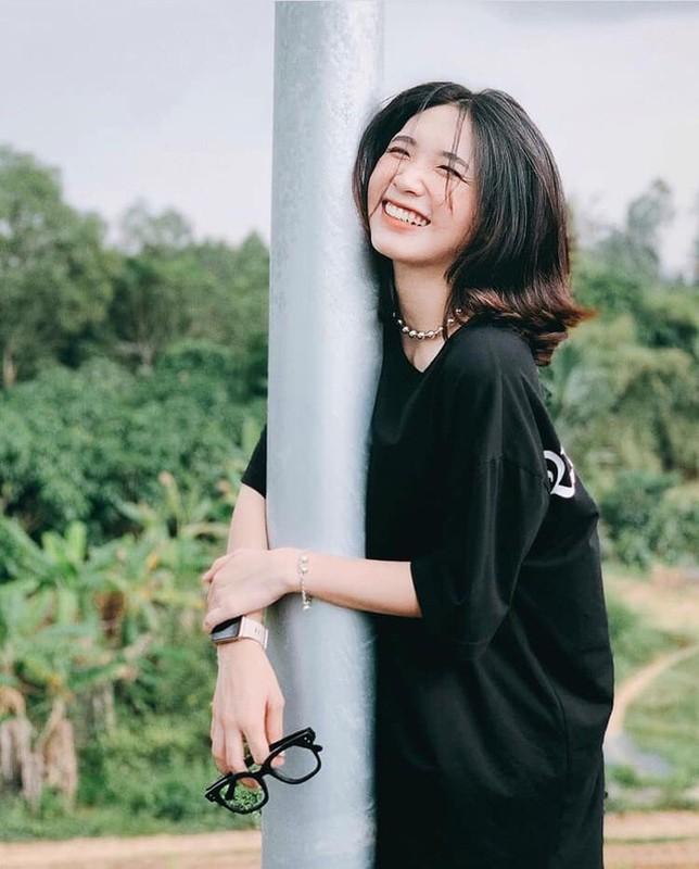 "Dan hot girl Viet ""lam loan"" Tik Tok du… chua 18 tuoi-Hinh-11"