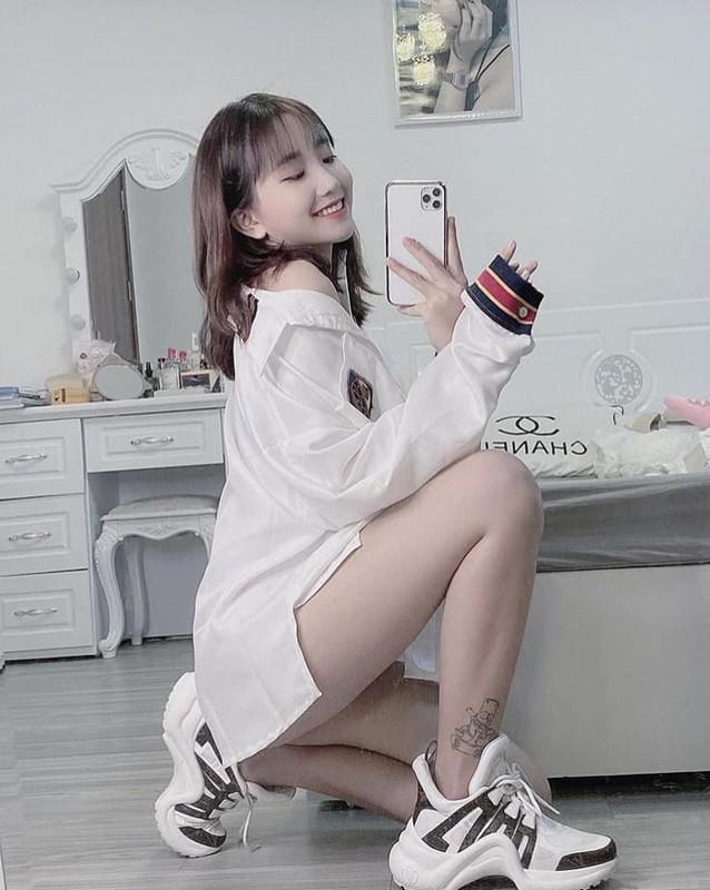"Dan hot girl Viet ""lam loan"" Tik Tok du… chua 18 tuoi-Hinh-9"