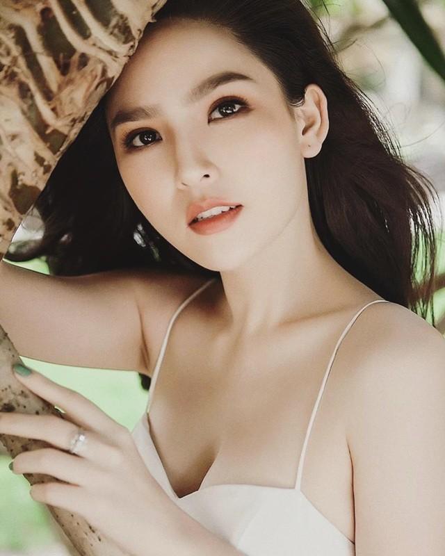 """Dan """"thanh nu Mi Go"""" khoe duong cong dep me hon gay thuong nho-Hinh-2"""