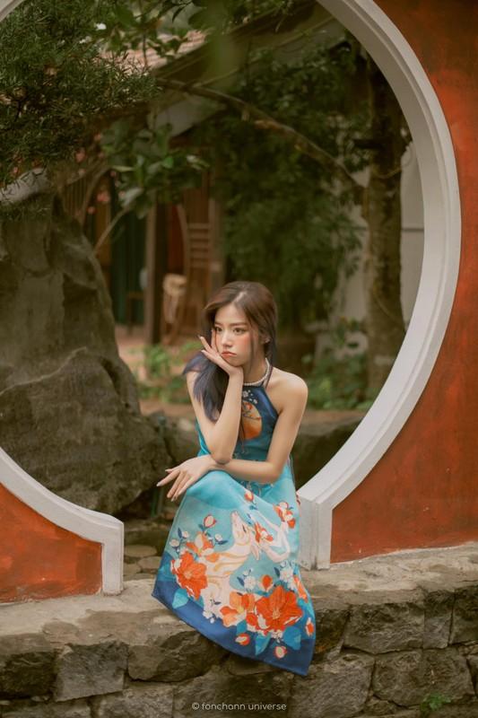 """Moi dau Xuan, """"hot girl anh the"""" khoe vai tran goi cam"""