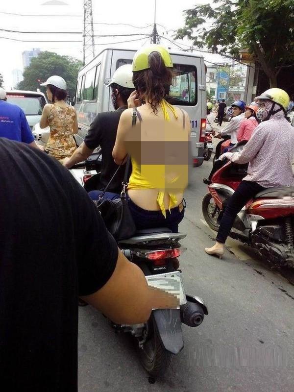 An mac phan cam dung ban do an vat, co gai gay buc xuc-Hinh-10